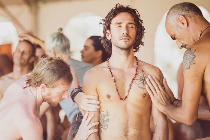 Taller de Tantra para aprender a explorar el arte de amar desde nuestra cotidianidad, para construir relaciones amorosas más conscientes.